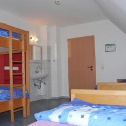 Das Zimmer im deutschen Freizeitheim Burlage.
