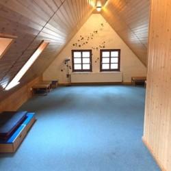 Andachtsraum im deutschen Kinder und Jugendgruppenhaus Lehringen