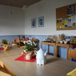 Der Speisesaal im Freizeithaus Rorichmoor in Deutschland.