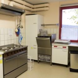 Küche im Gruppenheim für Kinder und Jugendfreizeiten Schotten in Deutschland.