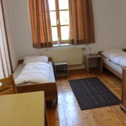 Doppelzimmer im Gruppenhaus Dornach in Bayern für Kinderfreizeiten