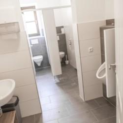 Sanitärbereich im Freizeitheim Dornach in Bayern für Jugendfreizeiten