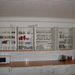Im Freizeitheim Berga Gård in Schweden ist die Küche sehr gut ausgestattet.