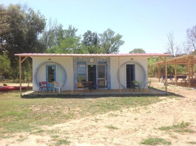 Kajütenhaus im griechischen Feriencamp für Jugendfreizeiten direkt am Meer