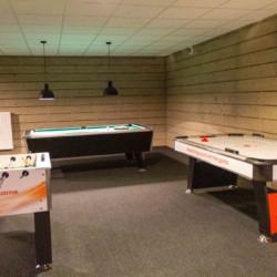 Ein weiterer Gruppenraum im Freizeitheim de Reggehoeve in den Niederlanden.