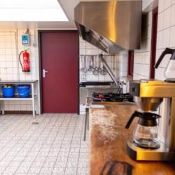 Küche im Jugendfreizeitheim Zwerfsteen in den Niederlanden