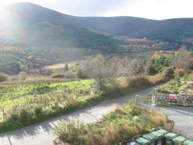 Berge und Natur am irischen Freizeithaus Lackan House für Kinder und Jugendreisen.