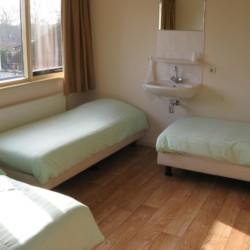 Die Zimmer im Gruppenhaus Doevehuis in den Niederlanden.