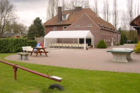 Das Gelände am Gruppenhaus Zwaluwnest in den Niederlanden.