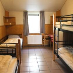 Das Mehrbettzimmer im niederländischen Freizeitheim Schaapskooi.