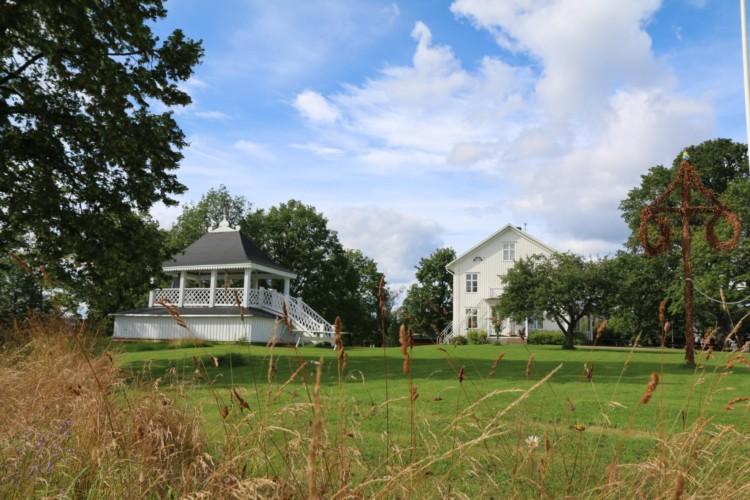 Das schwedische Gruppenhaus Berga Gård.