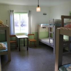Etagenbetten im schwedischen Freizeitheim Däldenäs direkt am See für Kinderfreizeiten