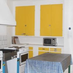 Küche im schwedischen Gruppenhaus Däldenäs direkt am See für Jugendfreizeiten