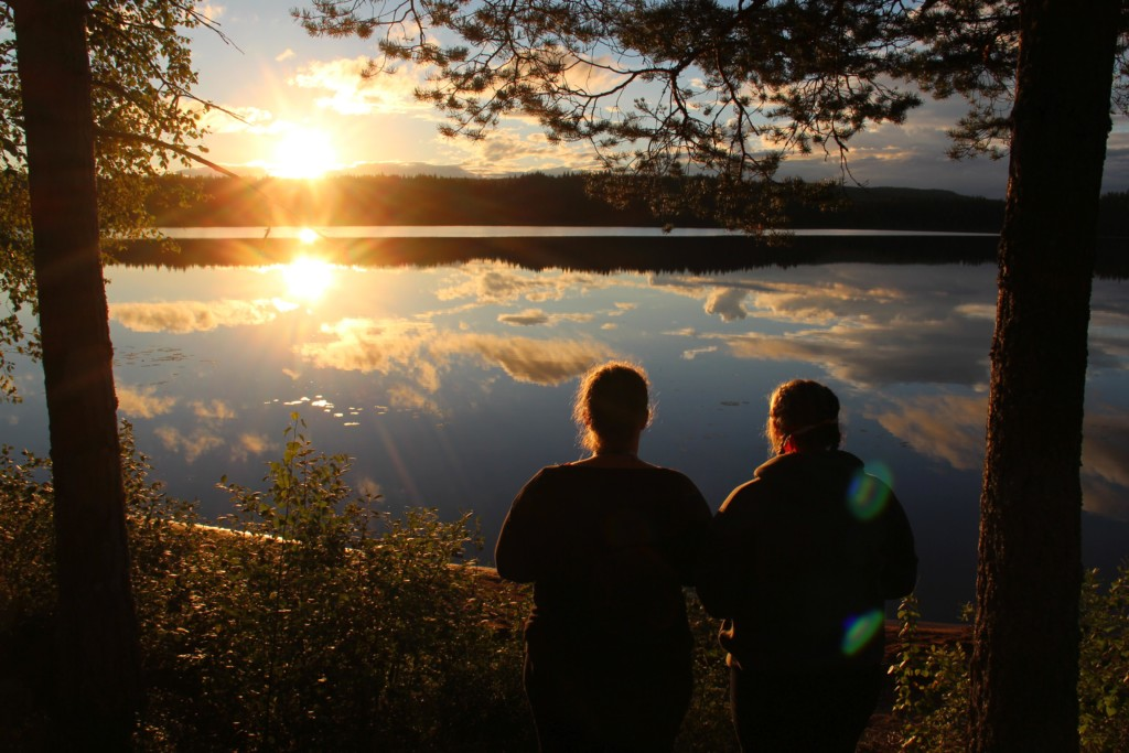 Der See Ensen am schwedischen Freizeitheim Ensro Lägergård.