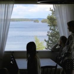 Gruppenraum des Freizeitheims Greagarden in Schweden am See.