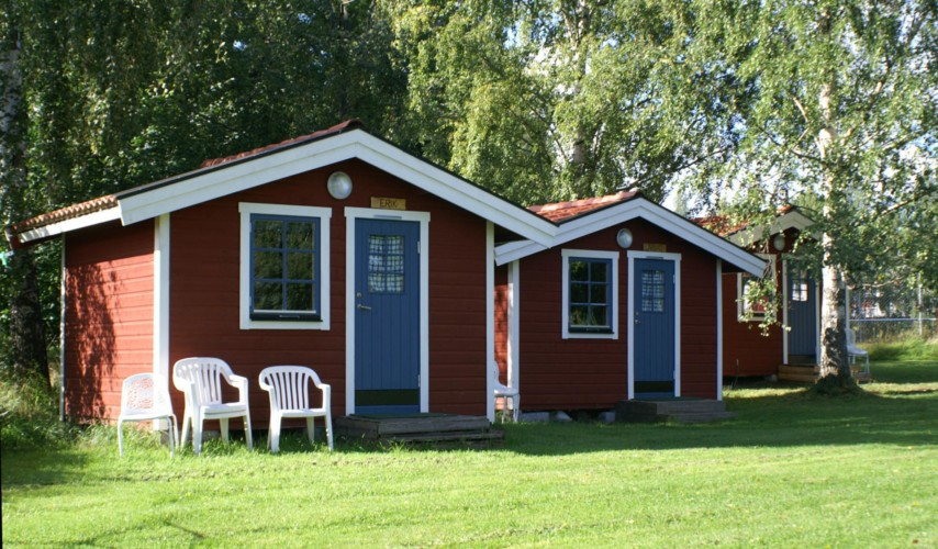 Schlafhütten des Freizeithauses Idrottsgården i Flen in Schweden.