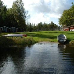 Badeplatz am Freizeitheim Idrottsgården i Flen in Schweden.