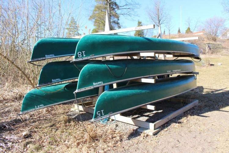 Kanus vom schwedischen Freizeitheim direkt am See Östgötagården