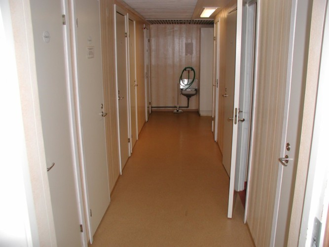 Die Sanitäranlagen im Gruppenhaus Ralingsåsgården in Schweden.