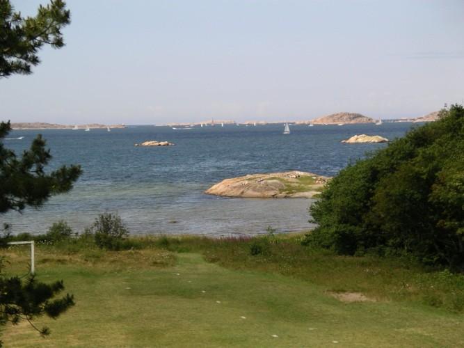 Blick über den Västsee am schwedischen Freizeitheim KFUM-Gård Skaftö für Jugendfreizeiten direkt am See