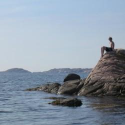 Badestelle am schwedischen Freizeitheim KFUM-Gård Skaftö für Jugendfreizeiten direkt am See