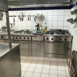 Der Küchenbereich im deutschen Gruppenhaus Heliand.