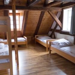 Ein weiteres Zimmer im Freizeitheim Largesberg.