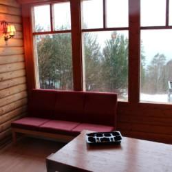 Der Gemeinschaftsraum des Freizeitheims Lunde in Norwegen.