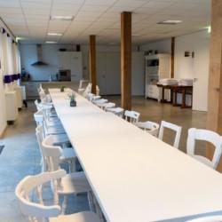 Speisesaal im holländischen Freizeitheim Bij Ceulemans direkt am See für Kinderfreizeiten