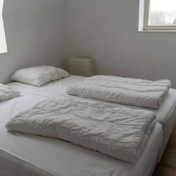 Doppelzimmer im holländischen Freizeitheim Bij Ceulemans direkt am See für Jugendfreizeiten