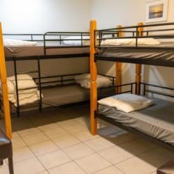 Schlafzimmer im Freizeitheim Doevehuis in den Niederlanden