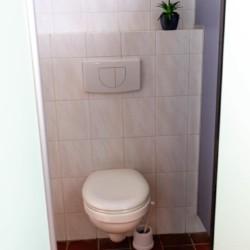 WC im Freizeitheim Doevehuis in den Niederlanden