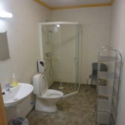 Du/WC im Gruppenhaus Ognatun Norwegen Zusatzapartment
