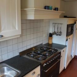 Der Küchenbereich im Haus Nieuwe Brug in den Niederlanden.