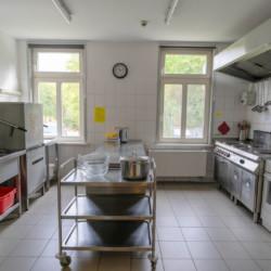 Küche im Gruppenhaus Forsthaus Eggerode im Harz in Deutschland für Kinderfreizeiten