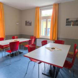 Speiseraum im Gruppenhaus Forsthaus Eggerode im Harz in Deutschland für Kinderfreizeiten