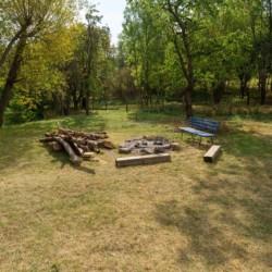 Lagerfeuerstelle am Freizeitheim Forsthaus Eggerode im Harz in Deutschland für Kinderfreizeiten