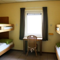 Das Vierbettzimmer im handicapgerechten niederländischen Gruppenhaus Hooiberg für Menschen mit Behinderung.