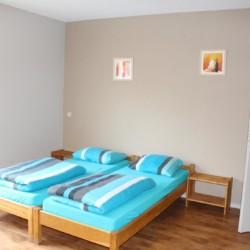 Ein Zweibettzimmer im behindertengerechten Gruppenhaus Kievitsnest in den Niederlanden.