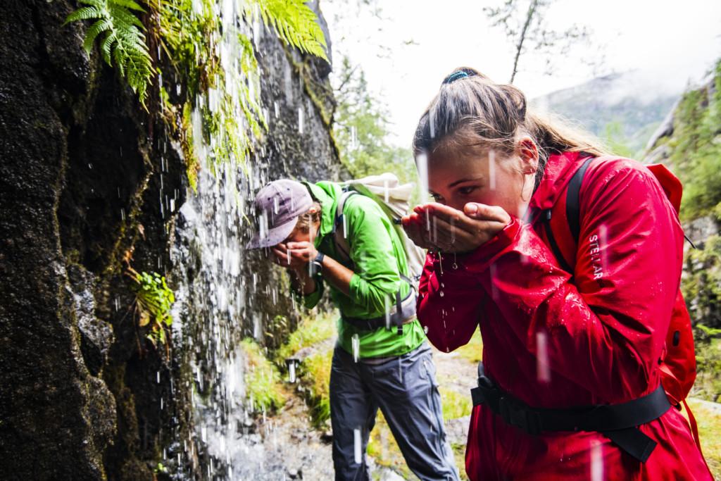 Norwegen 2021-05-28 Trinkwasserfall